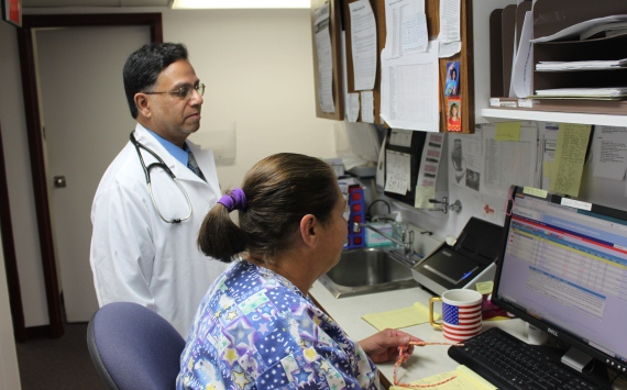 dr syed and staff 570x355.jpg